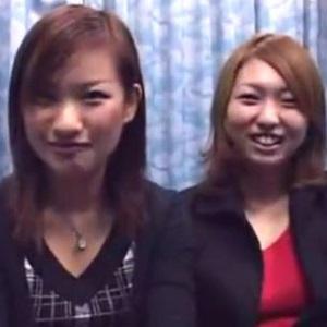 18歳と19歳二人組の女子大生