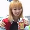色白金髪関西美少女