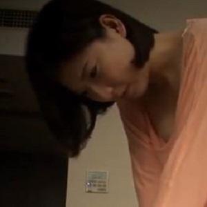 エロかわマッサージのお姉さん