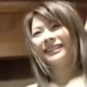 沖縄へ出張AV女優